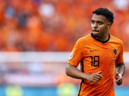 Donyell Malen vers Liverpool